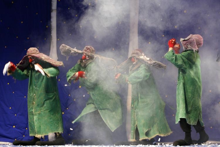 Ufficio Stampa Teatro Nuovo : News & press teatro nuovo giovanni da udine